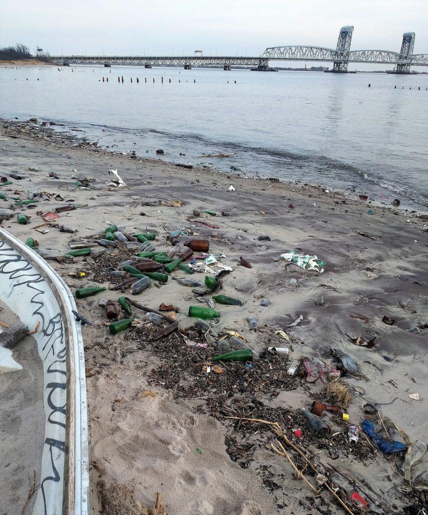Dead Horse Bay: arqueología de la basura en Nueva York