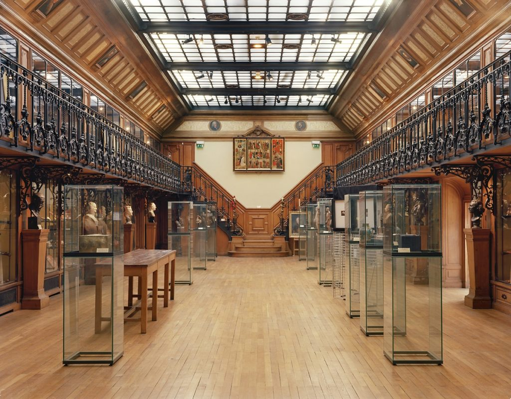 Museo de Historia de la Medicina: prácticas curativas a la francesa