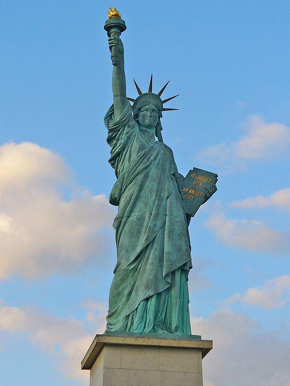 Estatua de la Libertad de París.