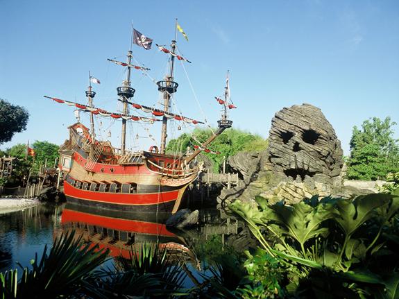 Adventureland_Disneyland_Paris