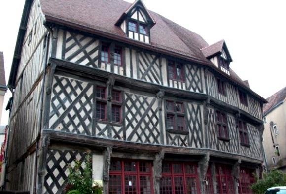 Casa del Salmón de Chartres.