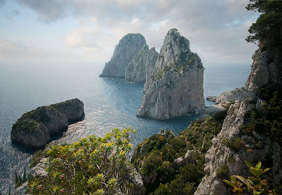 Faraglioni di Capri.