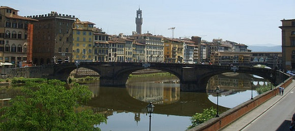 Ponte Santa Trìnita.