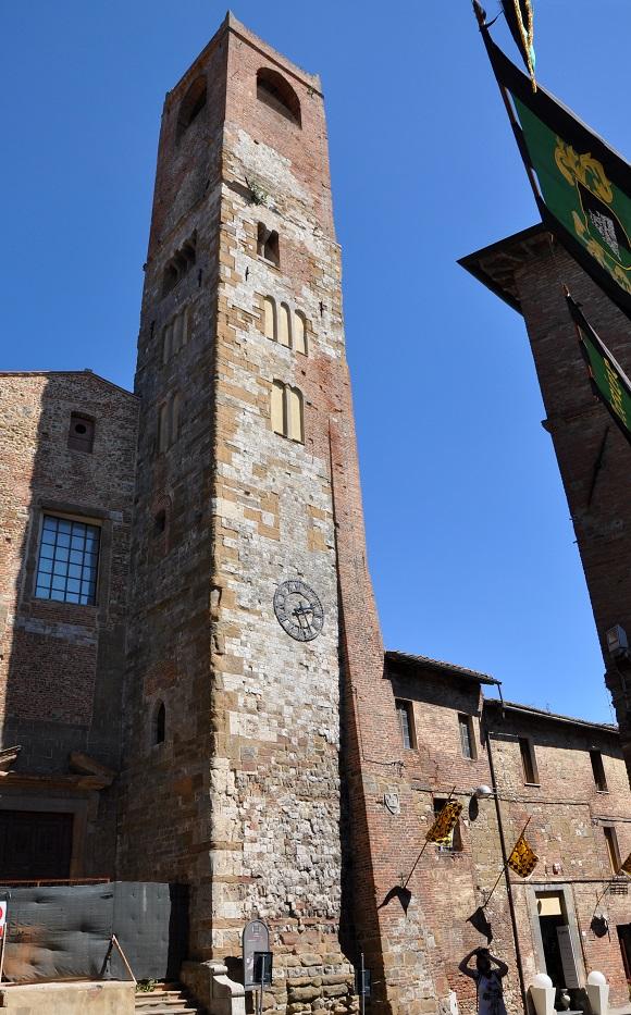 Torre del Pubblico.