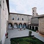 Claustro del Museo de Deruta Mameli 123