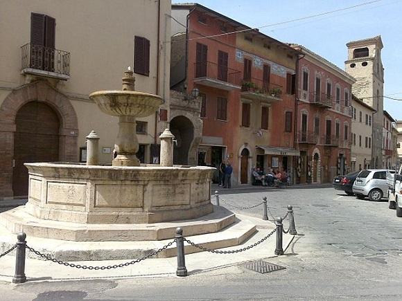 Piazza dei Consoli en Deruta.