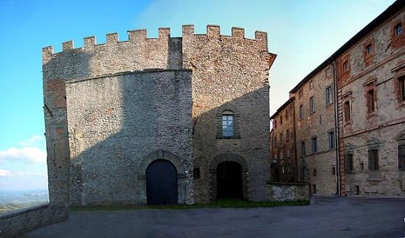 Fortaleza de Monte Santa María Tiberina.