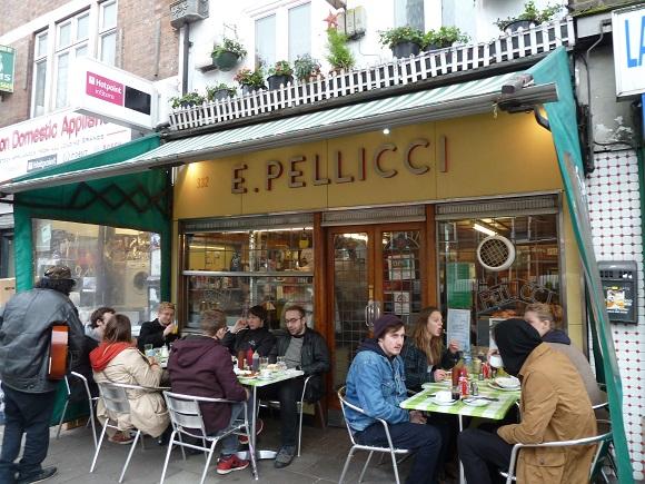 E. Pellicci en Londres.