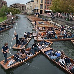 Punting Wikipedia Commons by Jorge Royan