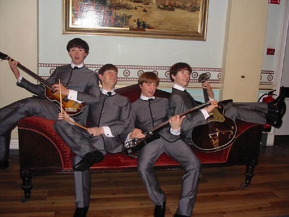 Los Beatles en el Museo de Madame Tussauds.