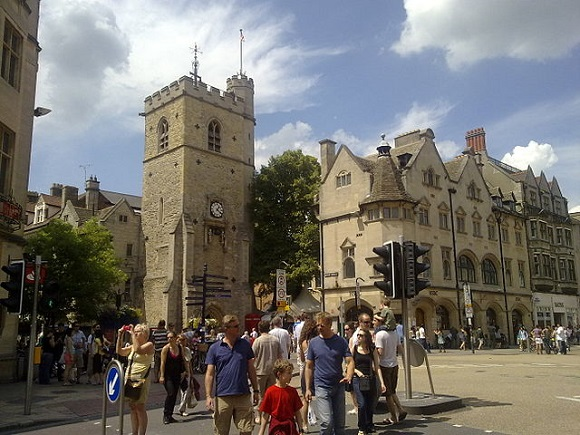 Carfax Tower Wikipedia Commons by Ozeye