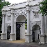 Marble Arch Wikipedia Commons by Arping Stone