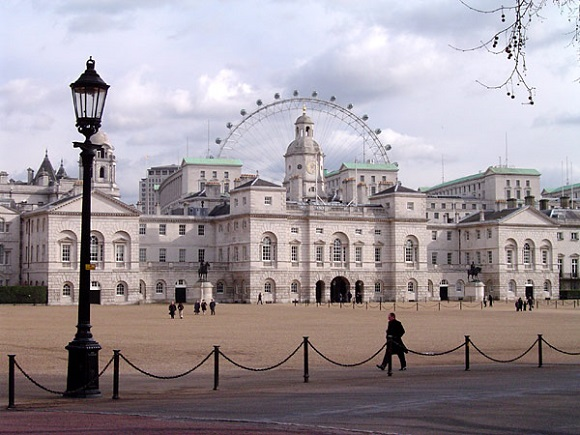 Horse Guards Wikipedia Commons by Merchbow