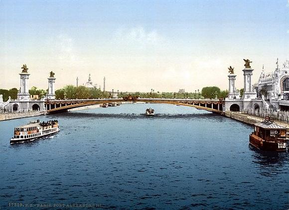 Puente de Alejandro III de París.