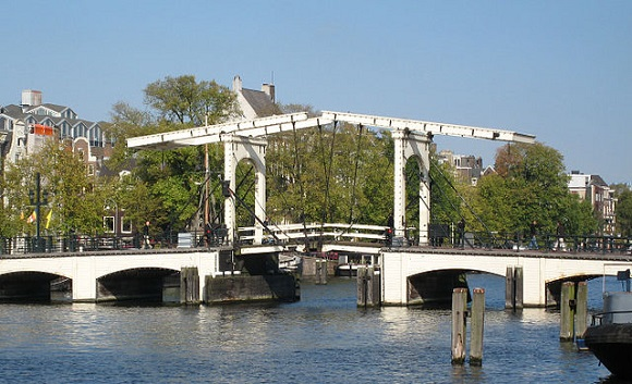 Magere Brug.