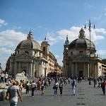 Piazza del Popolo Wikipedia Commons by Eugenia & Julian