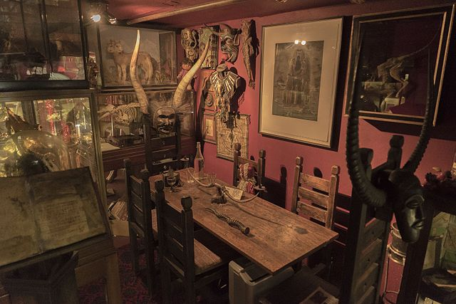 The Viktor Wynd Museum of Curiosities, Fine Art & Natural History.