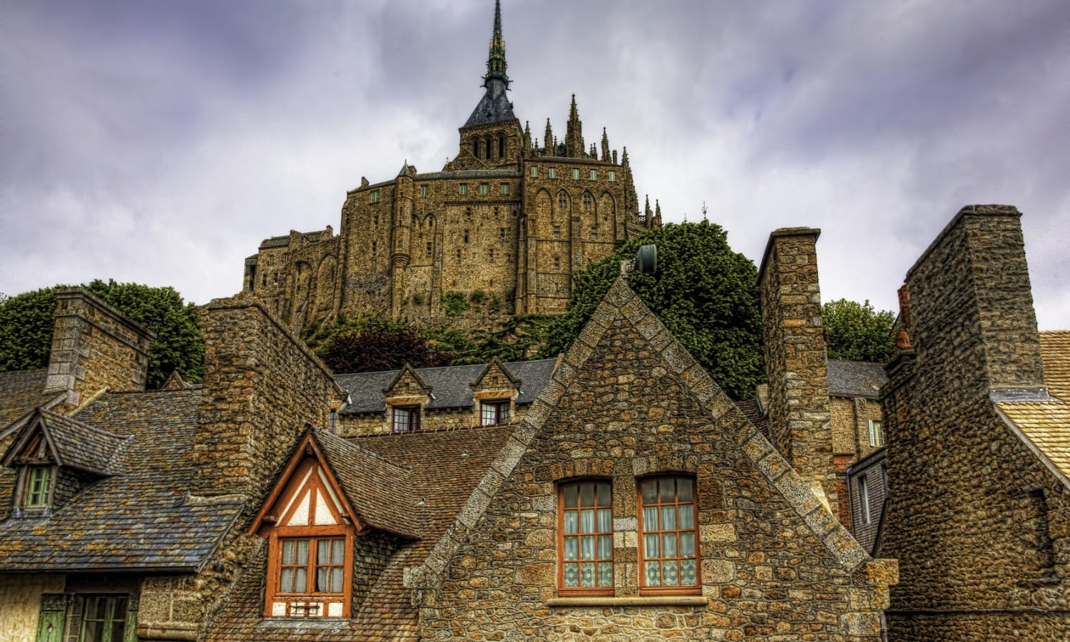 The town of Mont St Michel in Normandy.jpg