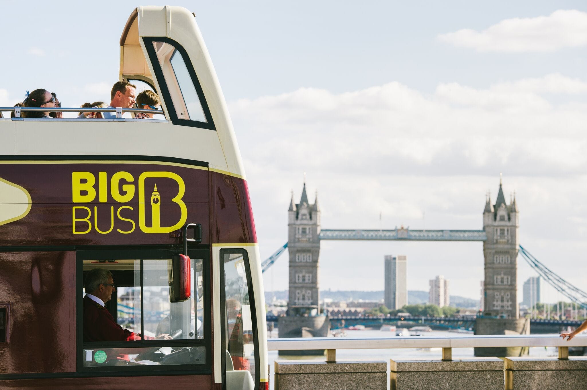 Big Bus London Tower Bridge background.jpg